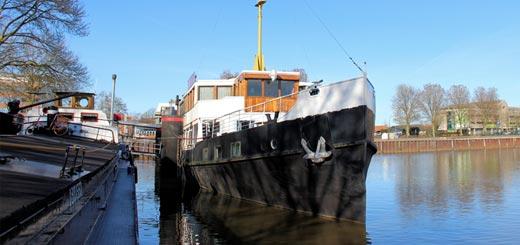 Voormalige PSD-veerboot Oosterschelde