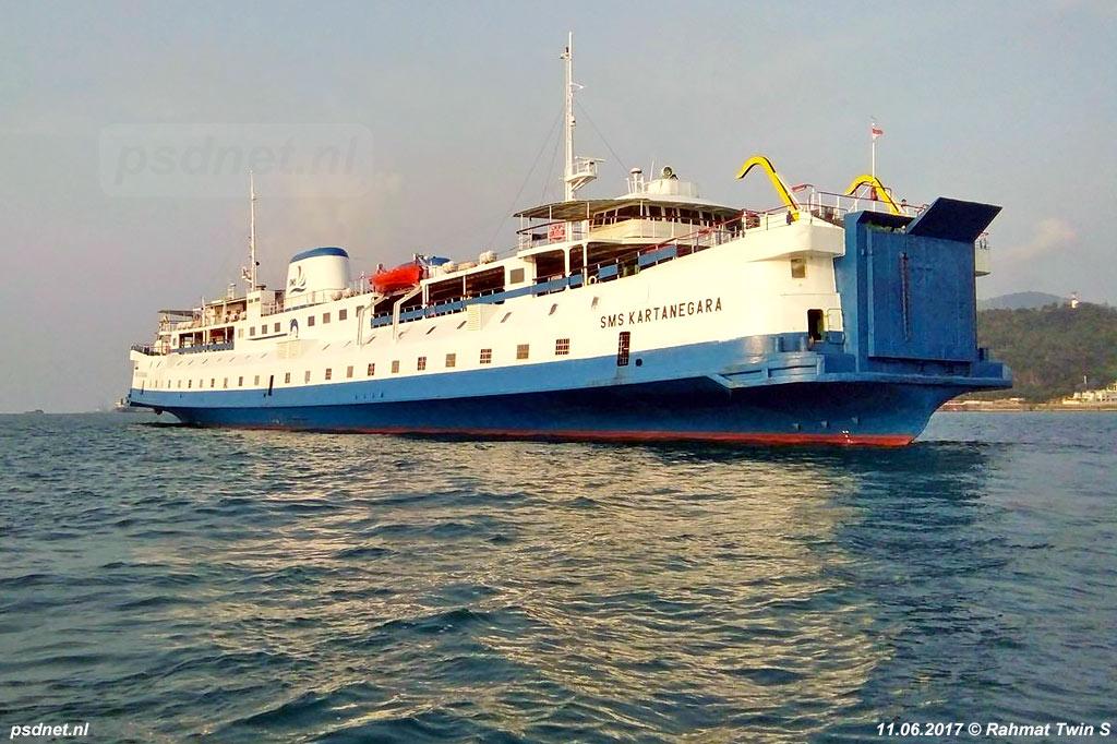 Een foto van de SMS Kartanegara (voormalige PSD-enkeldekker Prinses Margriet) na een dokbeurt in Indonesië