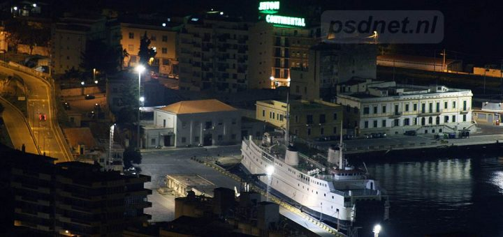 Athos-Matacena-bij-nacht